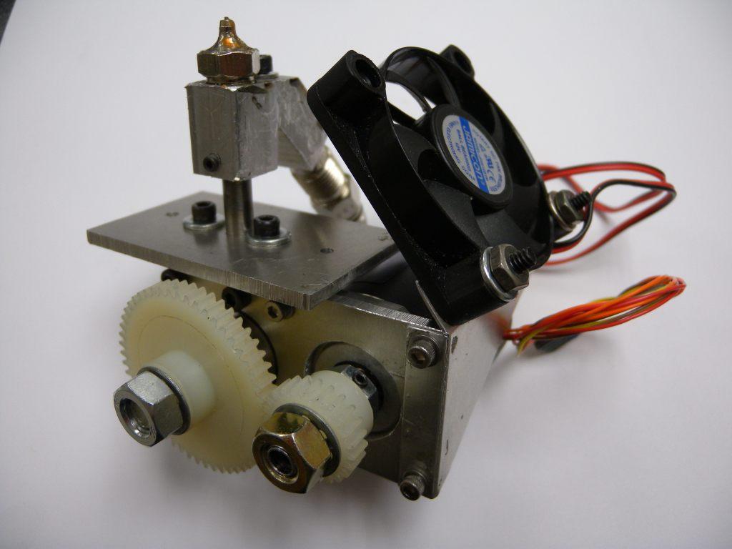 Impresora 3d que utiliza arcilla para hacer cer mica for Construir impresora 3d
